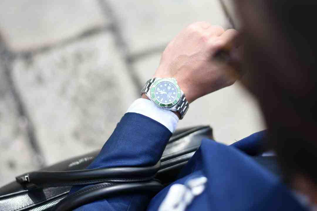 Comment savoir si une montre Rolex est vraie ou fausse